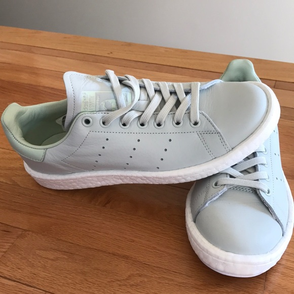 le adidas stan smith impulso sz 8 uomini donne poshmark 95
